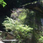 名草巨石群